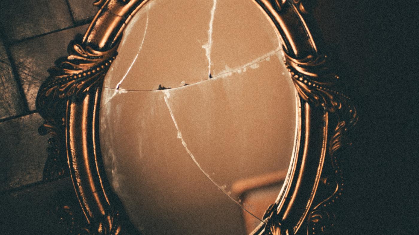 repair broken mirror